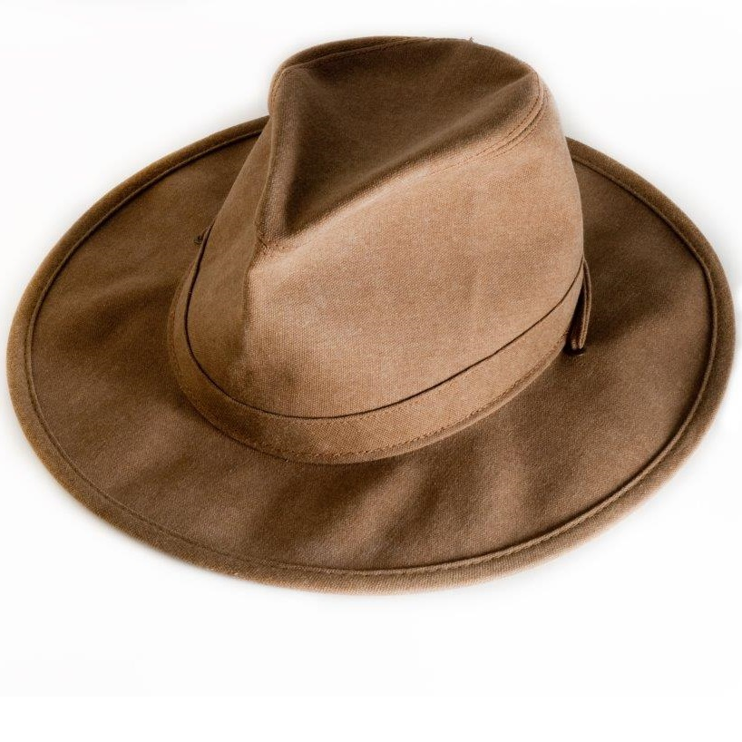 https://bazikoosh.com/wp-content/uploads/2021/02/Bob-Katter-threatens-to-throw-in-his-hat.jpg